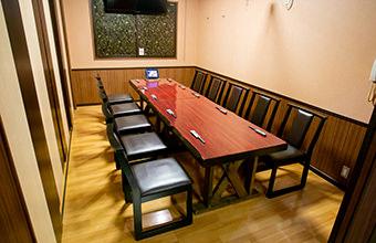 テーブルタイプ個室