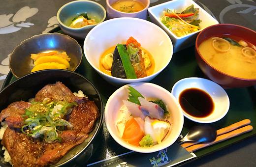 松阪牛の炙り丼&お造りランチ(限定メニュー)